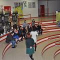 Gli amministratori ed il Pubblico ascolta la presentazione della mostra